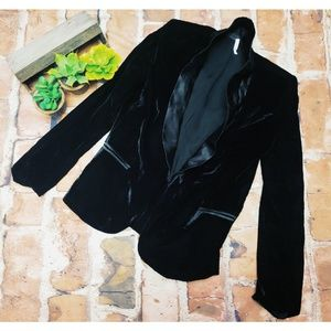 🎉Anthro Willow & Clay Black Velet Satin Blazer🎉